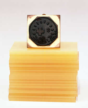 37 printed plastic cards and rubber stamp with wooden handle